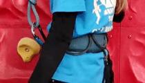 ハーネス(安全ベルト)の装着の写真